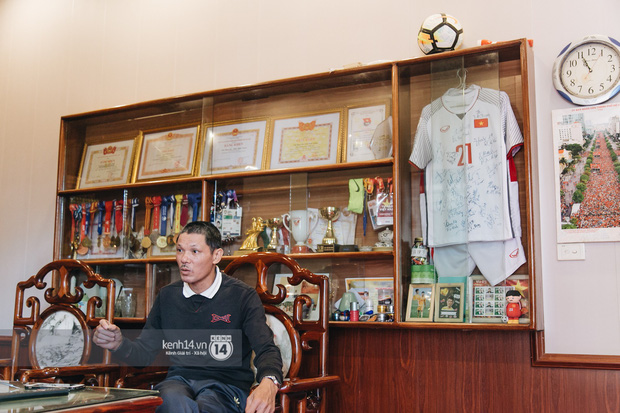 Gặp anh chàng sơ vin Đình Trọng sau AFF Cup: Điều buồn nhất là sẽ phải xa bóng đá rất lâu - Ảnh 5.