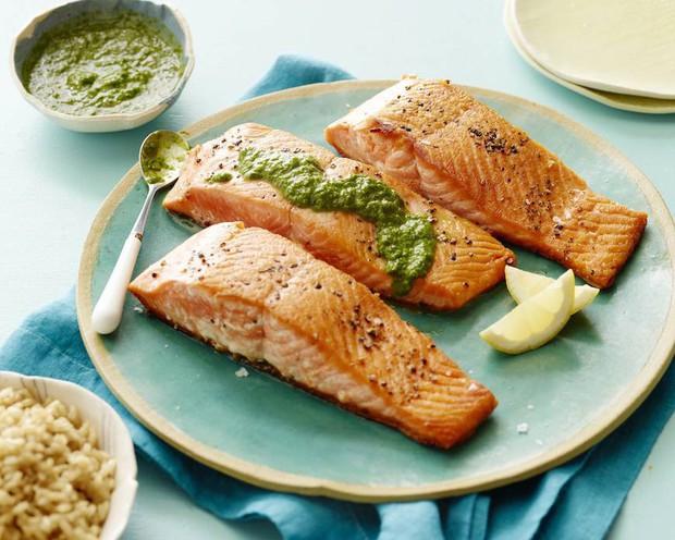 Tuân thủ ngay 7 thói quen này giúp bạn kiểm soát hiệu quả mức cholesterol trong cơ thể - Ảnh 1.