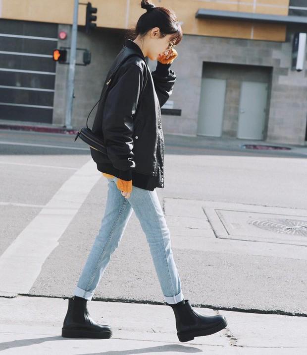 Ngắm 12 set đồ sau, các nàng sẽ nhận ra quần jeans + boots chính là cặp đôi giúp vẻ ngoài đạt 100% sành điệu - Ảnh 2.
