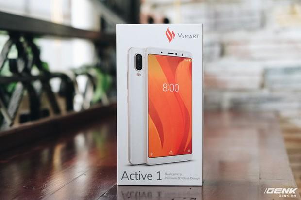 Đập hộp trên tay Vsmart Active 1: Thiết kế đẹp, cấu hình mạnh, hậu mãi tốt, giá rẻ hơn cả điện thoại Trung Quốc - Ảnh 1.