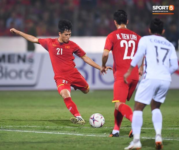 Gặp anh chàng sơ vin Đình Trọng sau AFF Cup: Điều buồn nhất là sẽ phải xa bóng đá rất lâu - Ảnh 4.