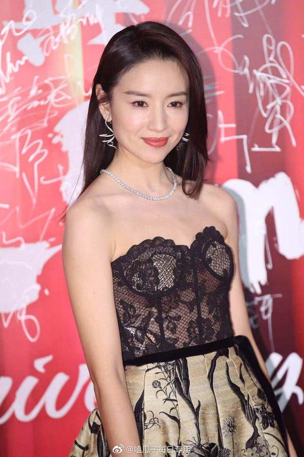 Thảm đỏ Bazaar: Đổng Khiết - Tần Lam cạnh tranh nhan sắc gay gắt bên dàn phi tần Diên Hi - Như Ý Truyện - Ảnh 2.