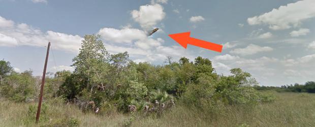Sự thật về ảnh UFO hiện ra gần khu vực Tam giác Bermuda đang gây xôn xao cư dân mạng Mỹ - Ảnh 1.