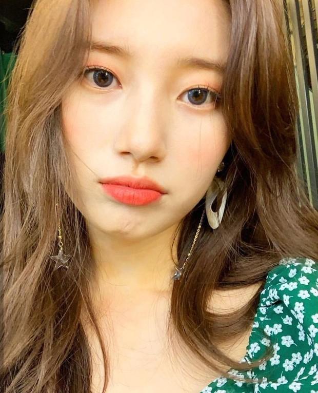 Đẹp như búp bê sống trong hình fan chụp vội, Suzy bỗng bị netizen khủng bố với loạt ảnh quá khứ khác một trời một vực - Ảnh 14.