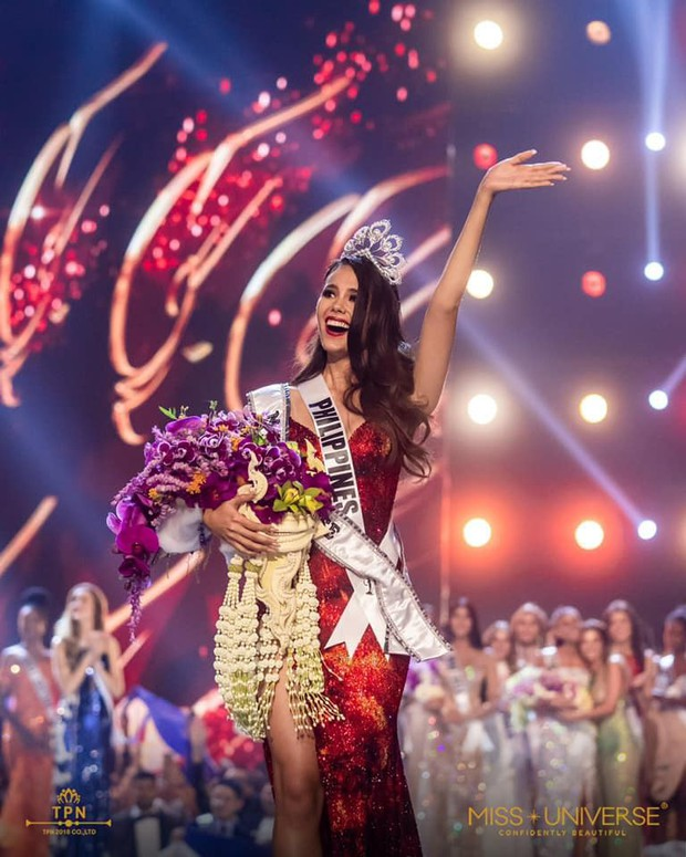 Cựu thí sinh The Face Thái cosplay tân Hoa hậu Hoàn vũ Catriona Gray: Như sao y bản gốc - Ảnh 1.