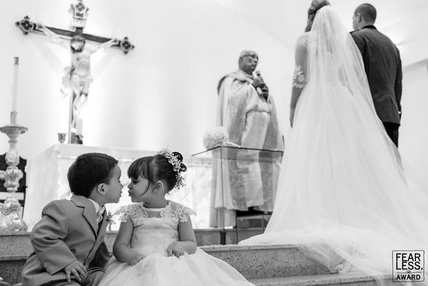 Nước mắt, nụ cười và cả sự cố khó đỡ làm nên những bức ảnh cưới đẹp nhất năm 2018! - Ảnh 7.