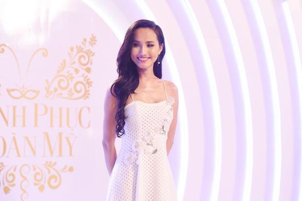 The Tiffany Vietnam: Bất ngờ xuất hiện HHen Ni Suyễn khiến mọi người cười lăn vì cực hài - Ảnh 7.