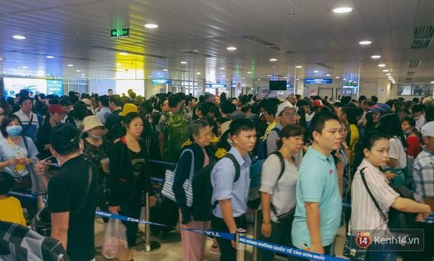 Cháy vé dịp Tết Nguyên đán 2019, các hãng hàng không tăng cường thêm hơn 134.000 chỗ phục vụ người dân - Ảnh 1.
