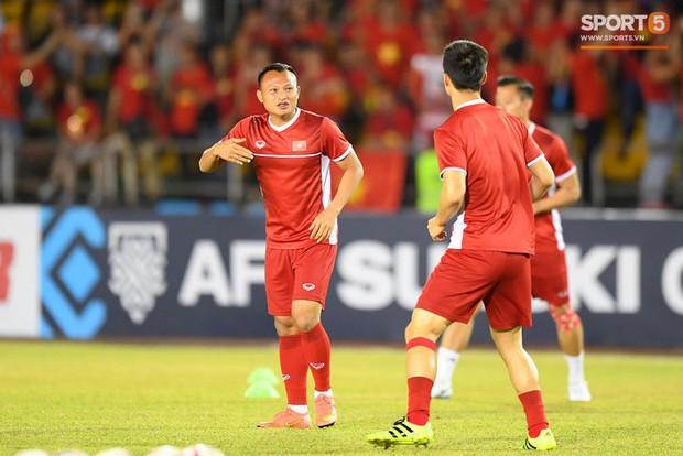 """Bố cầu thủ Nguyễn Trọng Hoàng: """"Nếu không đá bóng thì sẽ làm chiến sĩ công an - Ảnh 6."""
