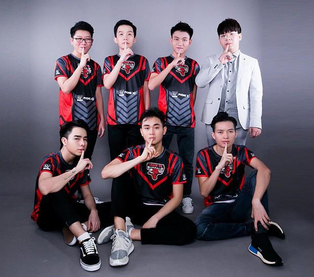 Top 5 gương mặt tiêu biểu làm rạng danh cộng đồng game thủ Việt Nam trong năm 2018 - Ảnh 12.