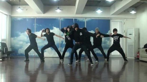 Chân dung 8 idol suýt ra mắt với EXO, Black Pink và loạt nhóm nhạc hàng đầu Kpop: Số 1 và 2 đặc biệt thành công - Ảnh 9.
