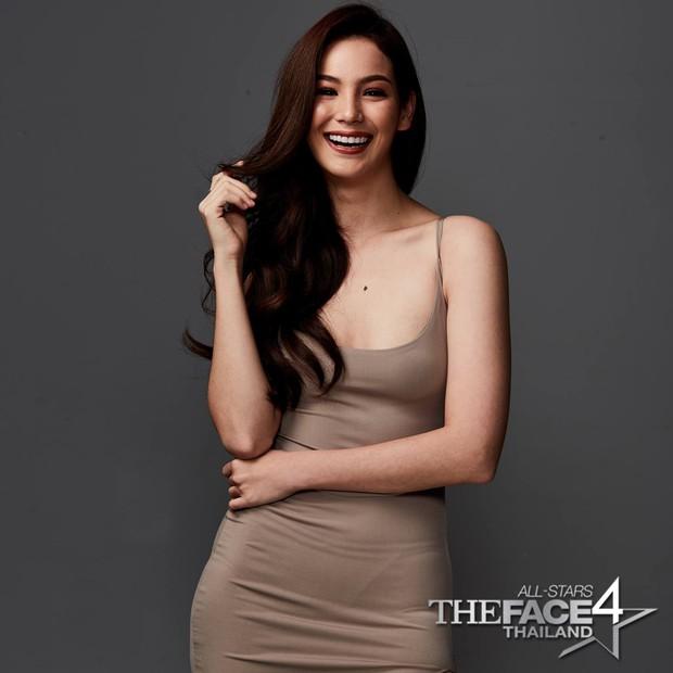 Cựu thí sinh The Face Thái cosplay tân Hoa hậu Hoàn vũ Catriona Gray: Như sao y bản gốc - Ảnh 6.