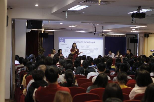 Kỳ thi tuyển sinh lớp 10 tại Hà Nội năm 2019 được đánh giá khó hơn thi Đại học do nhiều thay đổi: Học sao cho đúng? - Ảnh 2.