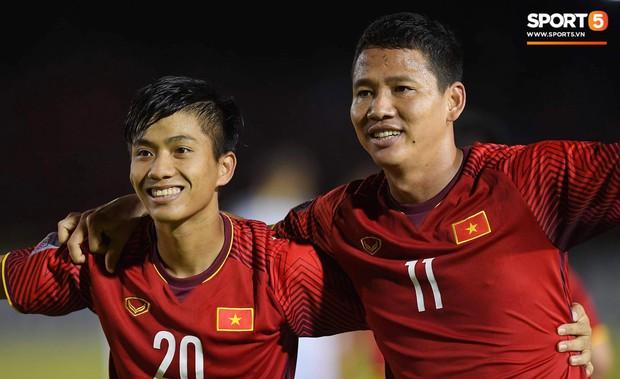 Philippines 1-2 Việt Nam: Cửa chung kết rộng mở với thầy trò HLV Park Hang-seo - Ảnh 2.