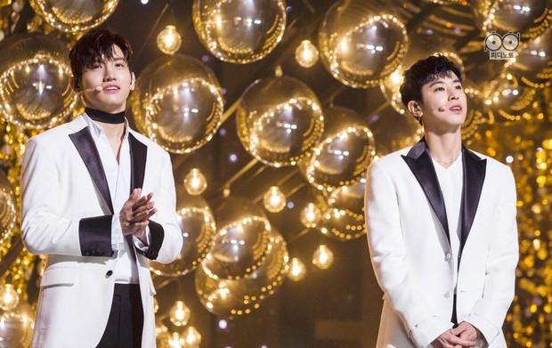 """Kpop tháng 12: IU không comeback nhưng có thể """"đe doạ"""" đối thủ, một """"đại tiền bối"""" hay bị chê """"flop"""" tái xuất - Ảnh 12."""