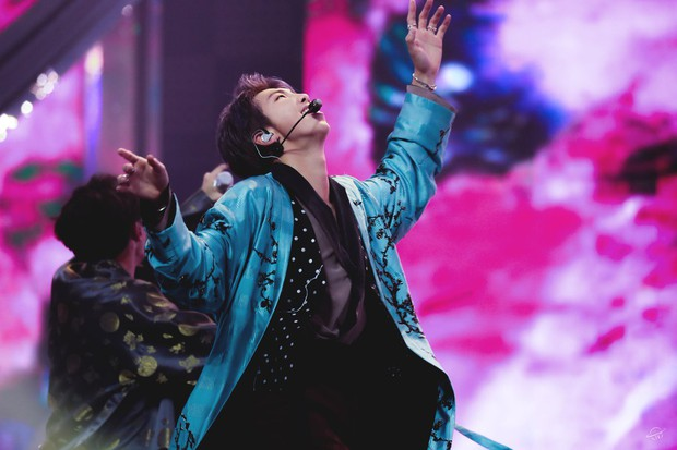 """Sao Kpop """"reaction"""" sân khấu đỉnh cao của BTS tại MMA 2018: Hầu hết đều có chung một biểu cảm, hành động đẹp của MAMAMOO được khen - Ảnh 6."""