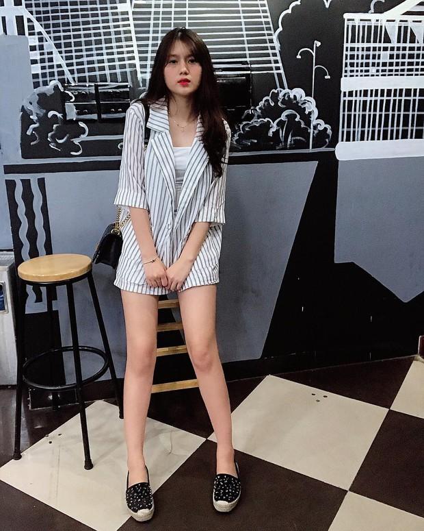 Nhan sắc bạn gái của Nguyễn Thành Chung - chàng cầu thủ vừa được HLV Park gọi lên tuyển - Ảnh 6.