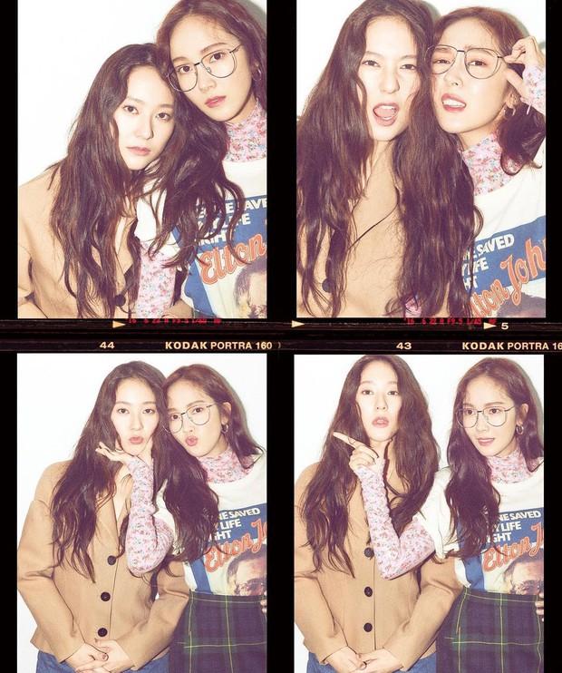 Hai chị em Jessica và Krystal lại rủ rê nhau chụp bìa tạp chí, xinh đẹp và càng nhìn càng giống sinh đôi - Ảnh 3.