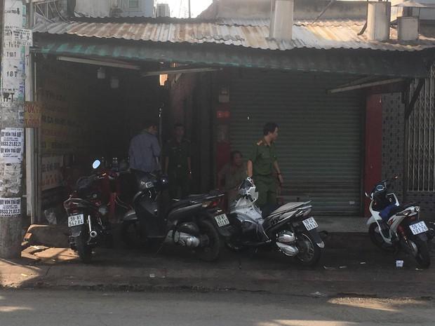 Nóng: Nghi phạm đâm chết bạn thân tại phòng trọ ở Sài Gòn đã sa lưới công an - Ảnh 2.
