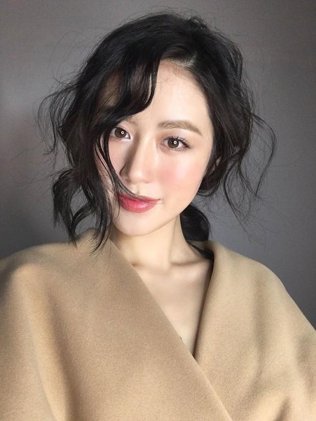 4 nàng mẫu lookbook với thần thái hơn người, nổi đình nổi đám trên Instagram Việt năm 2018 - Ảnh 9.