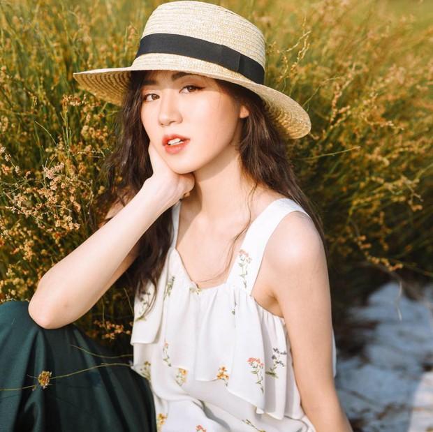 4 nàng mẫu lookbook với thần thái hơn người, nổi đình nổi đám trên Instagram Việt năm 2018 - Ảnh 12.