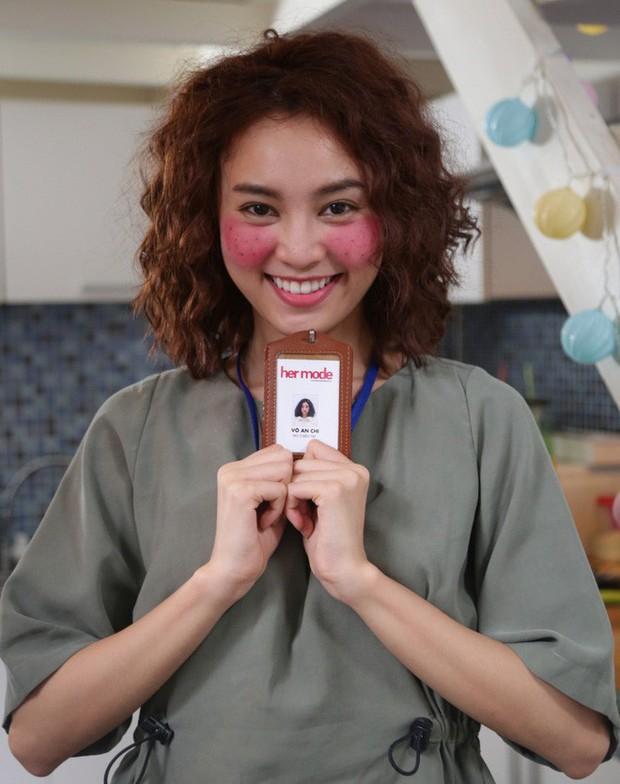 Giữa 3 phiên bản Hàn - Trung - Việt của She Was Pretty: Lan Ngọc cho Địch Lệ Nhiệt Ba hít khói ở điểm này - Ảnh 13.