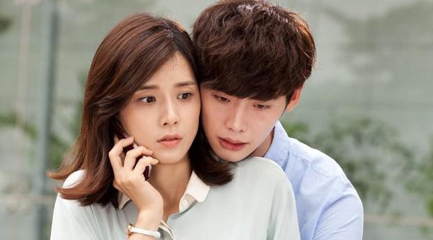 She Was Pretty đã thảm hoạ, Trung Quốc còn bạo gan remake tiếp phim Hàn đình đám I Hear Your Voice - Ảnh 3.