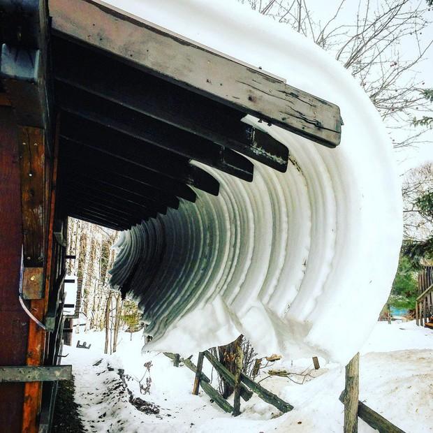 Chùm ảnh rét run: Băng tuyết chỉ lãng mạn trên phim, thực tế lại lạnh lẽo buốt giá như thế này - Ảnh 14.