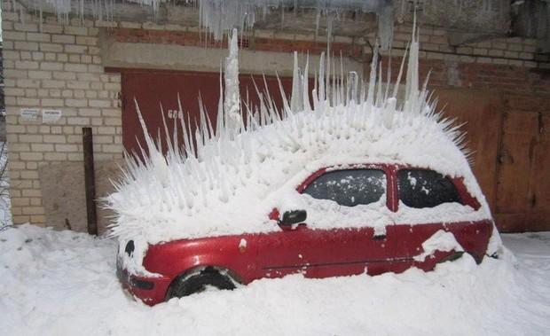 Chùm ảnh rét run: Băng tuyết chỉ lãng mạn trên phim, thực tế lại lạnh lẽo buốt giá như thế này - Ảnh 18.