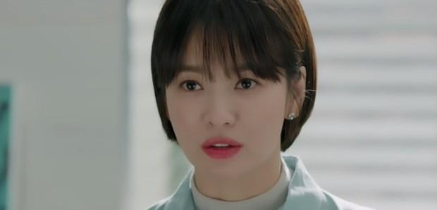 """""""Encounter"""" tập 8: Xem Song Hye Kyo - Park Bo Gum hôn môi ngọt ngào mà lòng buồn hiu hắt - Ảnh 4."""