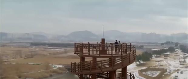 """""""Encounter"""" tập 8: Xem Song Hye Kyo - Park Bo Gum hôn môi ngọt ngào mà lòng buồn hiu hắt - Ảnh 10."""