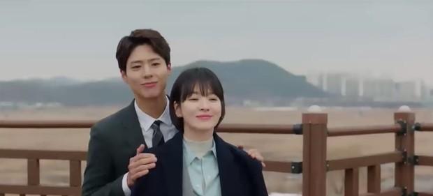 """""""Encounter"""" tập 8: Xem Song Hye Kyo - Park Bo Gum hôn môi ngọt ngào mà lòng buồn hiu hắt - Ảnh 11."""