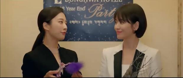 """""""Encounter"""" tập 8: Xem Song Hye Kyo - Park Bo Gum hôn môi ngọt ngào mà lòng buồn hiu hắt - Ảnh 29."""