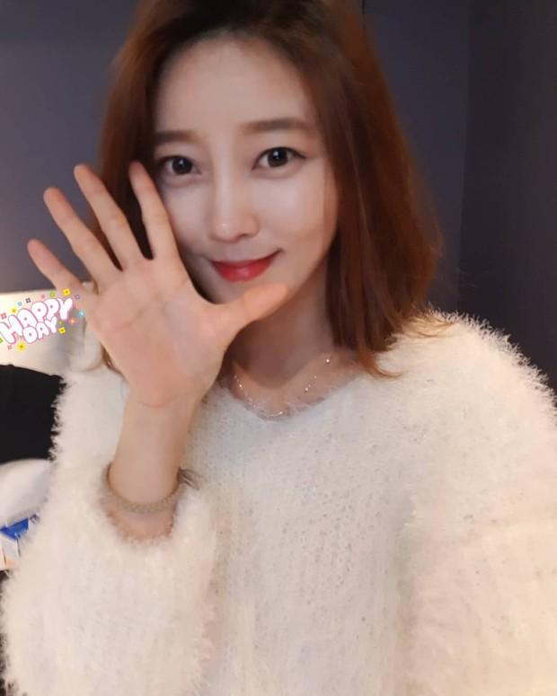 Bất ngờ tìm ra tình đầu 5 năm từng đá Jaejoong: Thánh ăn nổi tiếng trên Youtube và từng là thực tập sinh? - Ảnh 7.