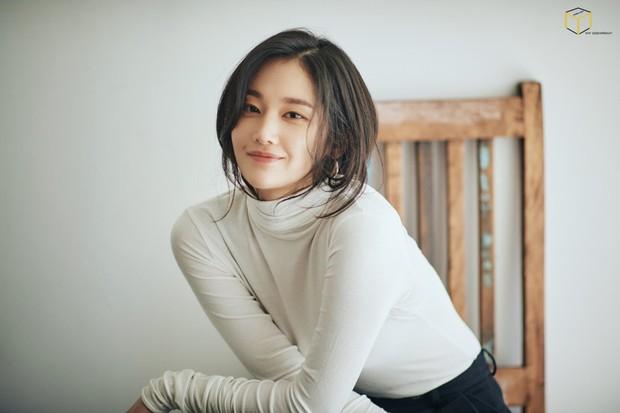 8 gương mặt trẻ nổi bật nhất màn ảnh Hàn Quốc năm 2018, họ là ai? - Ảnh 10.
