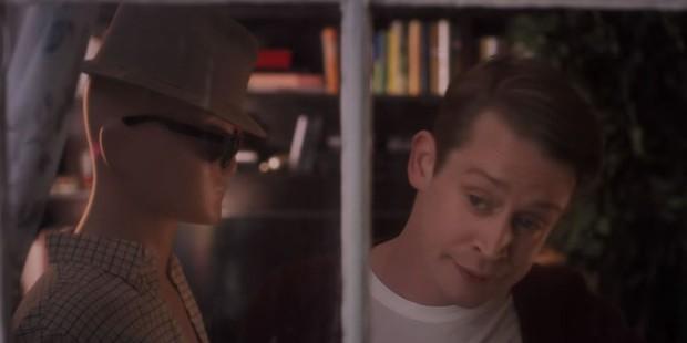 Cảm động rưng rưng khi Macaulay Culkin tái hiện Home Alone sau 28 năm ròng rã - Ảnh 3.