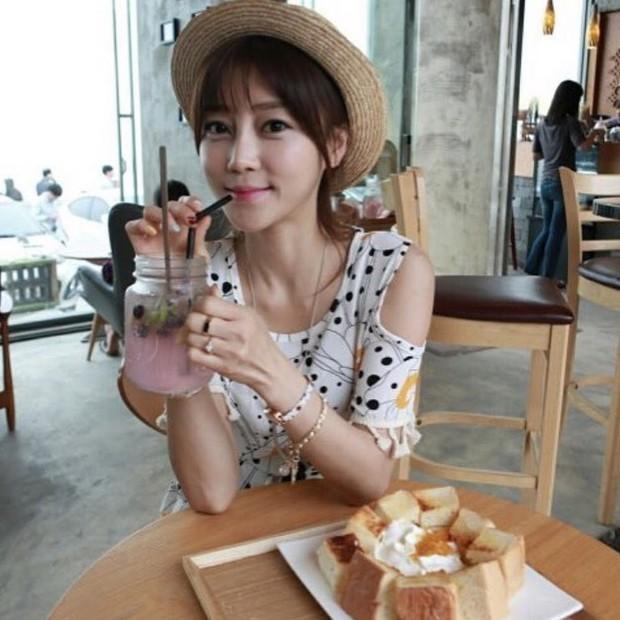Bất ngờ tìm ra tình đầu 5 năm từng đá Jaejoong: Thánh ăn nổi tiếng trên Youtube và từng là thực tập sinh? - Ảnh 2.