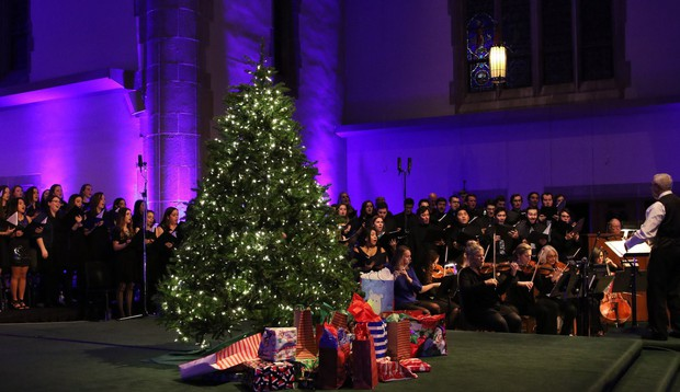 Choáng ngợp khung cảnh Noel ở các trường ĐH: Con nhà giàu sướng thật, đón Giáng sinh cũng chảnh hơn người! - Ảnh 8.