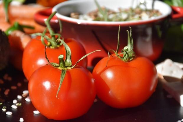 Để đôi mắt luôn sáng khỏe, tinh tường thì đây là những loại thực phẩm mà bạn nên bổ sung thường xuyên - Ảnh 4.