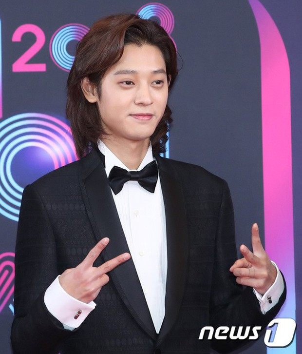 Thảm đỏ KBS Entertainment Awards: Vợ Lee Dong Gun lấn át dàn mỹ nhân sexy, cặp vợ chồng trẻ nhất Kpop xuất thần - Ảnh 25.