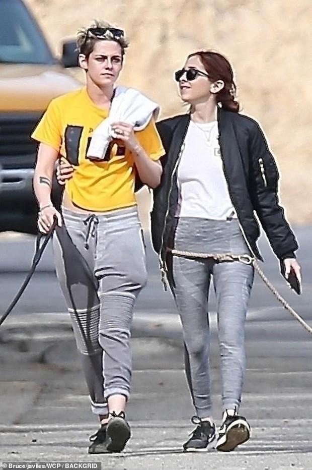 Kristen Stewart đã chia tay thiên thần Victorias Secret và công khai hẹn hò cô gái mới trên phố - Ảnh 5.