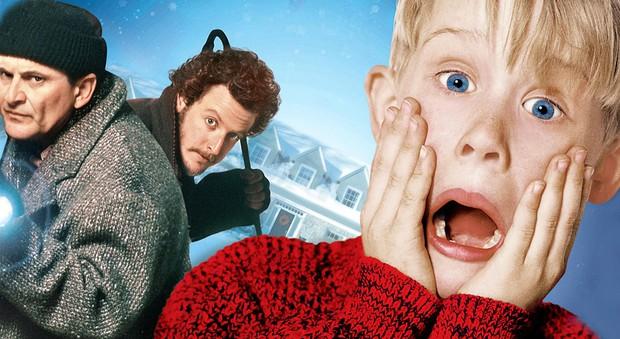 Bỏ túi ngay 5 bộ phim dành cho hội độc thân chẳng sợ thần FA mùa giáng sinh năm nay - Ảnh 1.