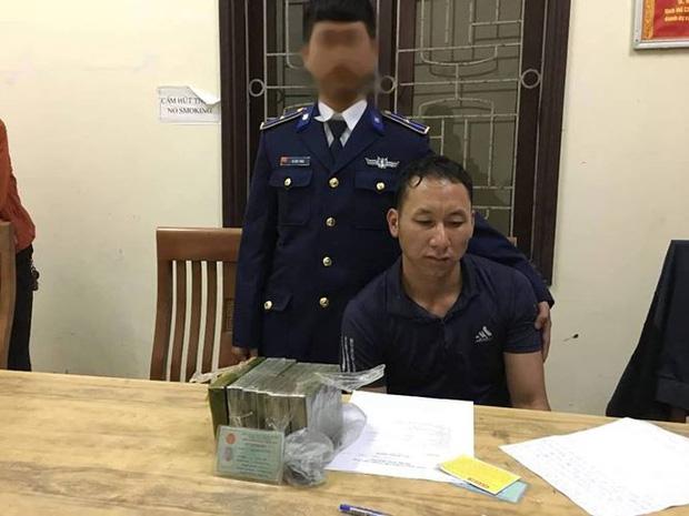 Cảnh sát biển bắt giữ kẻ vận chuyển 6 bánh heroin tại cảng Cửa Lò - Ảnh 1.