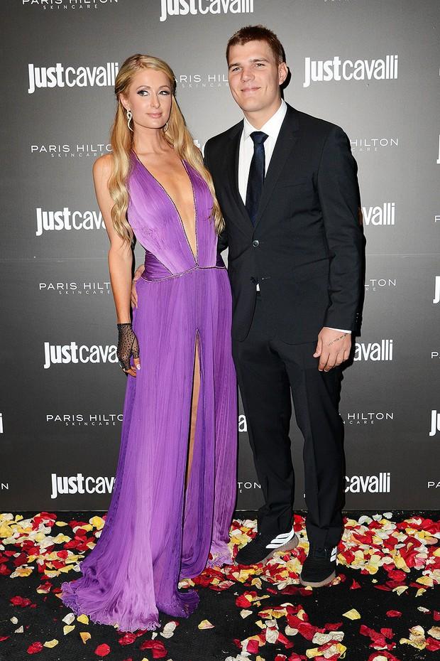 Những cuộc chia tay ồn ào nhất Hollywood 2018: Người hủy hôn nhanh như hủy show, kẻ vừa dứt tình cũ đã vội lấy vợ - Ảnh 8.