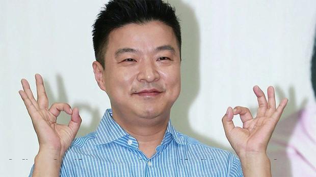 6 nhân vật tệ hại nhất showbiz Hàn năm 2018: Chủ tịch YG đứng đầu, nhưng nam thần đứng thứ 2 mới gây sốc - Ảnh 3.