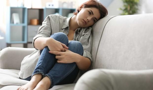 Đây là những biểu hiện cảnh báo cơ thể bạn đang thiếu chất béo nghiêm trọng - Ảnh 2.