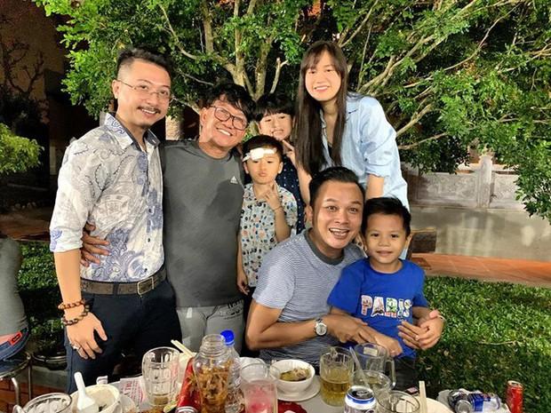 Trấn Thành, Lê Giang, Nam Thư cùng dàn nghệ sĩ quây quần bên nhau mừng sinh nhật Hoài Linh - Ảnh 2.