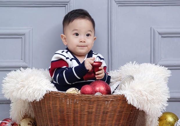 Vợ chồng Quốc Cơ thực hiện bộ ảnh gia đình 3 thế hệ mừng sinh nhật con trai tròn 2 tuổi - Ảnh 6.
