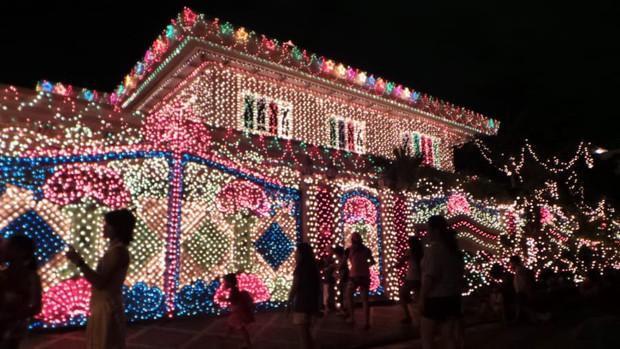 Các thành phố lớn trên thế giới cùng trang hoàng lộng lẫy mừng ngày Giáng sinh - Ảnh 9.
