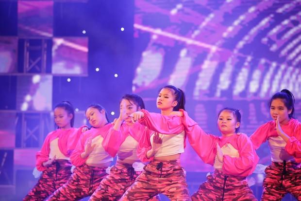 Học sinh các trường Quốc tế tại Hà Nội khoe combo đẹp, học giỏi, hát hay, nhảy chất trong cuộc thi Âm nhạc sôi động - Ảnh 17.